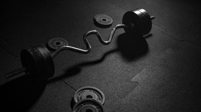 How to Clean Home Gym Equipment — Basic and Detailed 101